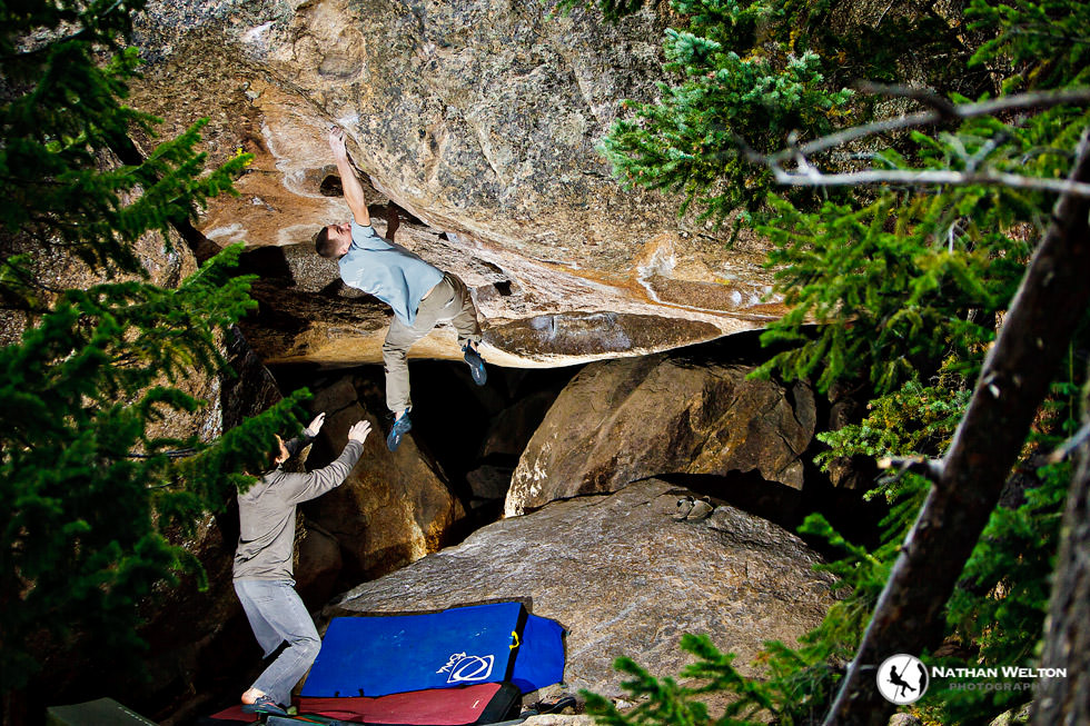 Endo Valley Bouldering Pictures with Ethan Pringle and ...